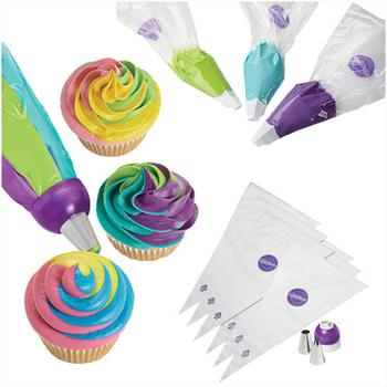 Wilton ColorSwirl Tri-Color Coupler Decorating Set/9