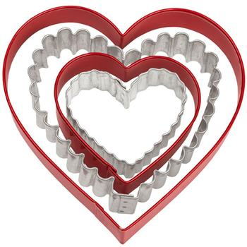 Wilton Cookie Cutter Metal Nesting Heart set/4