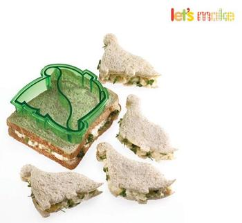 Lets make Dinosaur Sandwich Cutter